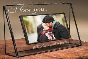 Image for Buy a 1 Year Wedding Anniversary Gift with ID of: 4821025