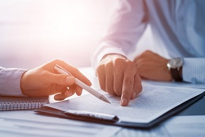 Image for The Role of Business Agreement Lawyers in Business Contracts with ID of: 4882038